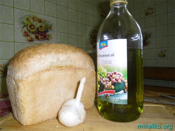 Из чего готовить сухарики с чесноком