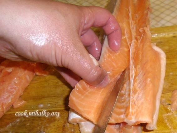 Снимаем мясо с брюшка